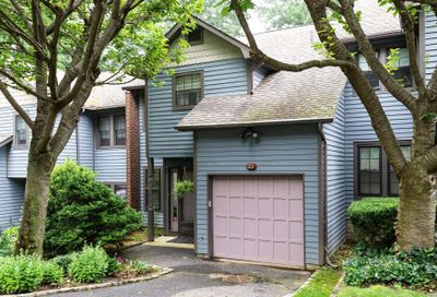 23 Derby Court Oyster Bay NY 11771