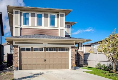 190 Hillcrest Heights Airdrie AB T4B3Z3