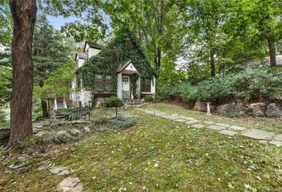 20 Indian Hill Road Bedford NY 10506