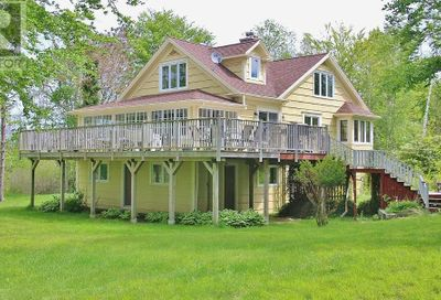 393 Fort Point Road Weymouth NS B0W3T0