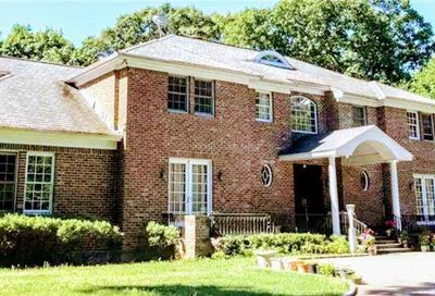 1 Woodhollow Court Muttontown NY 11791
