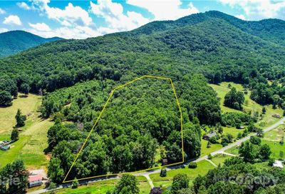 71 Smith Cove Road Candler NC 28715