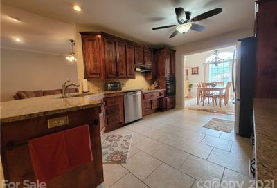219 Classic Court Mount Holly NC 28120