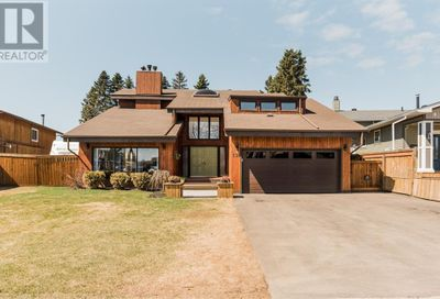 136 Cowley Bay Fort McMurray AB T9K1G5