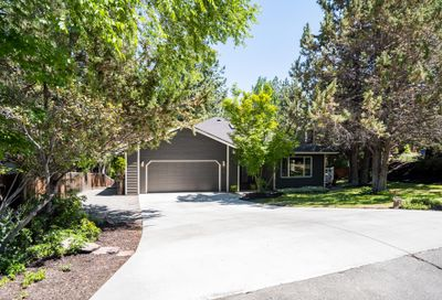 590 NW Lindsay Court Bend OR 97703