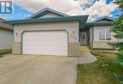 112 Archibald Crescent Red Deer AB T4R2X3