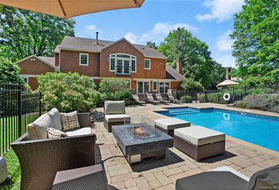 22 Woodcrest Drive North Castle NY 10504