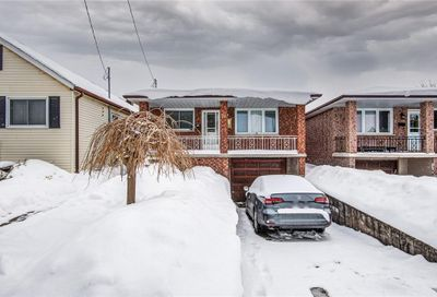 76 Adair Avenue N Hamilton ON L8H6A8