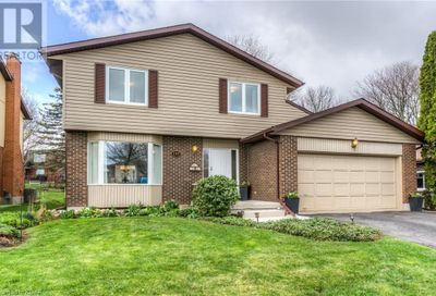 155 Candlewood Crescent Waterloo ON N2L5M7