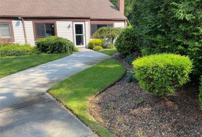 515 Picasso Court Middle Island NY 11953