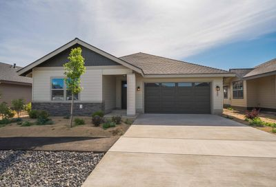 2680 NW 25th Street Redmond OR 97756