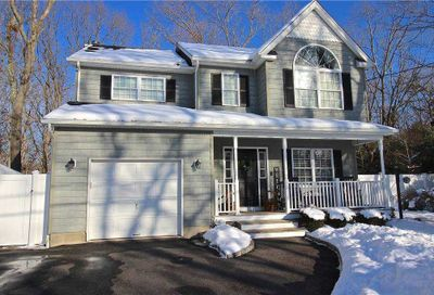 233 Tyler Avenue Miller Place NY 11764