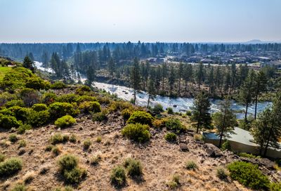 61020 Bachelor View Road Bend OR 97702