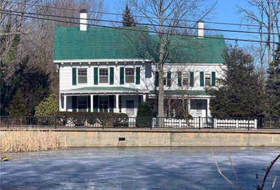 187 N Country Road Miller Place NY 11764