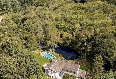 340 Newtown Turnpike Call Listing Agent CT 06896