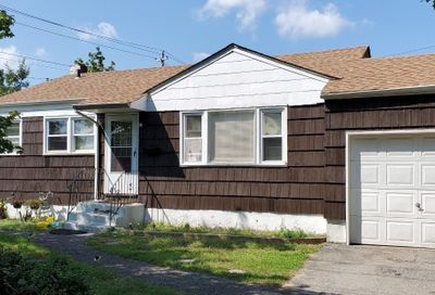 351 Old Country Road Deer Park NY 11729