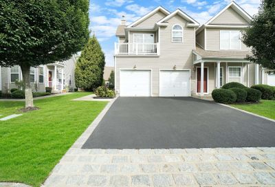22 Halley Lane Miller Place NY 11764