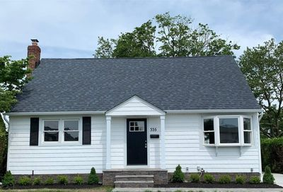 335 Hillcrest Drive Seaford NY 11783