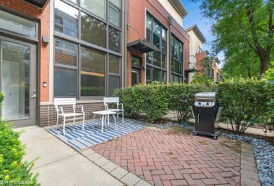 937 N Howe Street Chicago IL 60610