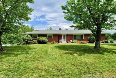 33 Willowbrook Road Asheville NC 28805