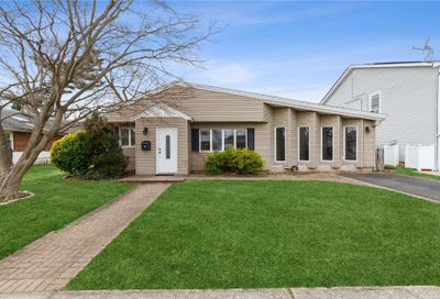 390 Argyle Road East Meadow NY 11554