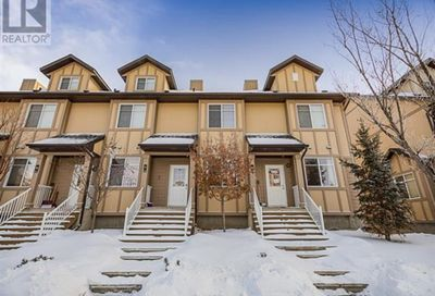 137 Fontaine Crescent Fort McMurray AB T9H0C3