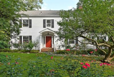 754 Connecticut View Drive Oyster Bay NY 11771