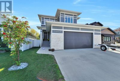 27 Vancouver Crescent Red Deer AB T4R0N6