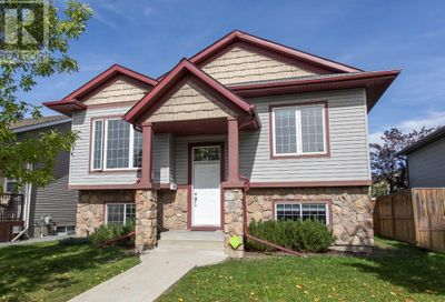 12 Wiley Crescent Red Deer AB T4N7G4