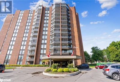 181 Collier Street Barrie ON L4M5L6
