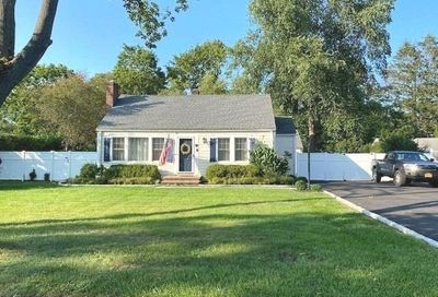 37 Inwood Road Center Moriches NY 11934