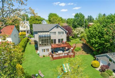 32 Deane Place Mamaroneck NY 10538