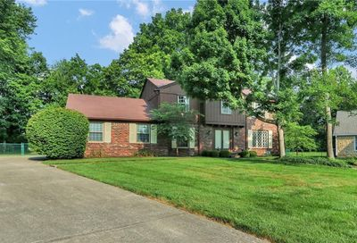 13 Lakeview Court Carmel IN 46033