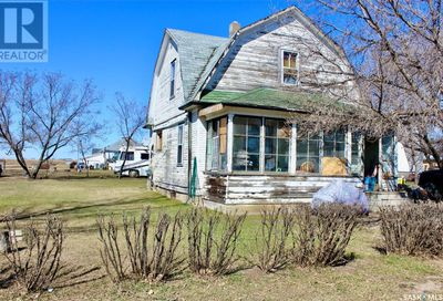 216 Royal AVE Elstow SK S0K1M0