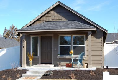 1222 NW 25th Street Redmond OR 97756