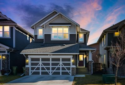 366 Kings Heights Drive Airdrie AB T4A0S2