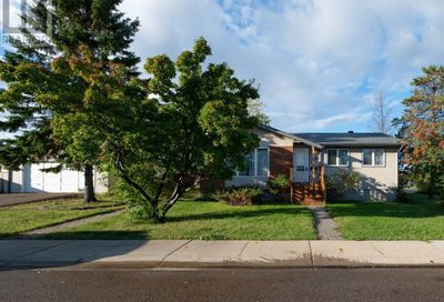 101 Ermine Crescent Fort McMurray AB T9H4M6