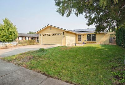 2998 Clearview Avenue Medford OR 97501