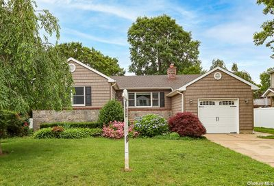 914 Oakland Court N. Bellmore NY 11710