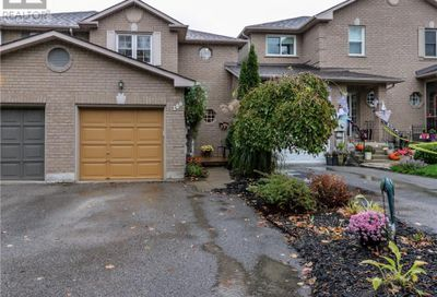 108 Bruce Crescent Barrie ON L4N8P4