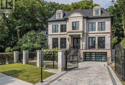 31 Russell Hill Road Toronto ON M4V2S9