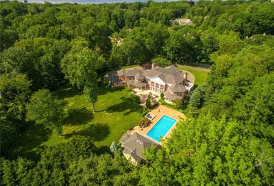 21 Harriman Drive Sands Point NY 11050