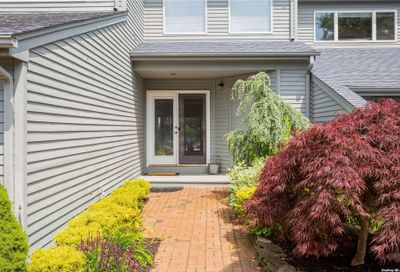 18 Harbour Drive Blue Point NY 11715