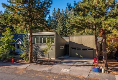 1832 SW Forest Ridge Avenue Bend OR 97702