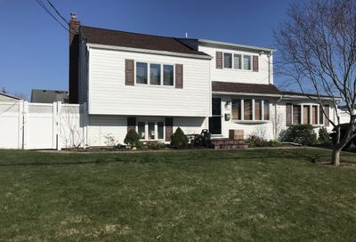 193 Irish Lane Islip Terrace NY 11752