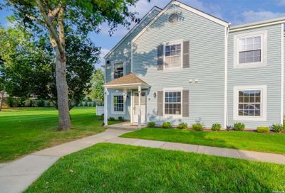 83 Fairview Circle Middle Island NY 11953