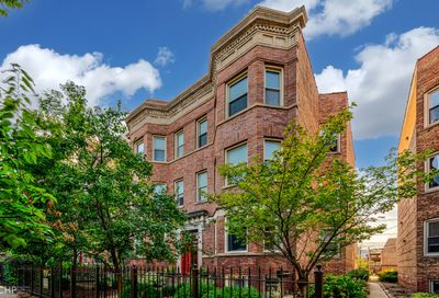4448 N Dover Street Chicago IL 60640