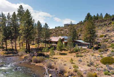 60980 Bachelor View Road Bend OR 97702