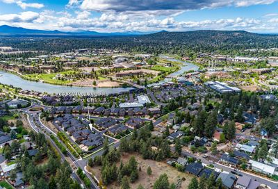 623 SW Peak View Place Bend OR 97702
