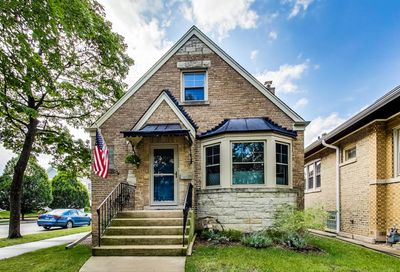 6700 N Odell Avenue Chicago IL 60631